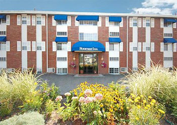 Hotel with Parking Facility Rodeway Inn Logan International Airport, MA 02151